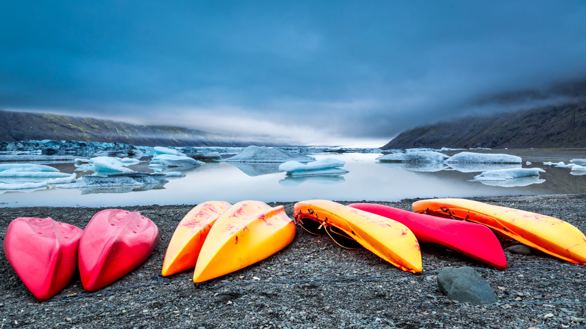How to kayak through floating ice
